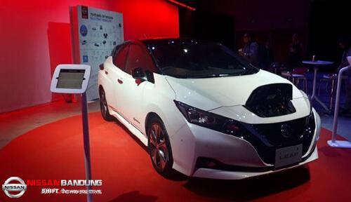 Mencoba-Mobil-Listrik-Satu-Pedal-Nissan-Leaf