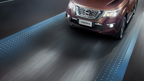 Lane-Departure-Warning-Nissan-Terra